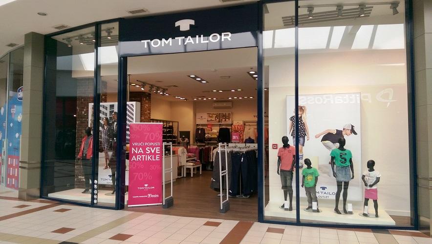 tom tailor outlet king cross jankomir. Black Bedroom Furniture Sets. Home Design Ideas